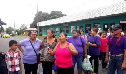 Los familiares expusieron sus razones para oponerse al traslado a la nueva prisión.  Foto Mayra Madrid Corresponsal