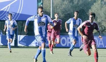 Ismael Díaz en plena acción en el juego de la filial del equipo blanquiazul./ Foto Cortesía