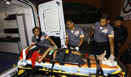El hombre presenta varias lesiones, pero está estable.  /  Foto: Alexander Santamaría