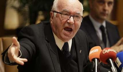 Carlo Tavecchio dijo que no renunció por fines políticos. Foto: AP