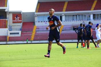 Tony Taylor juega en la MLS. Foto Anayansi Gamez