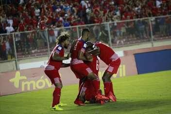 Panamá celebra el gol de Gómez. Foto Anayansi Gamez